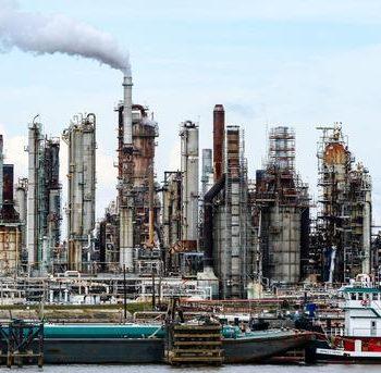 Sobre la obsolescencia no programada del petróleo